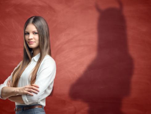 5 tips para reconocer a las personas falsas