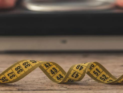 ¿Cómo perder peso con canela?