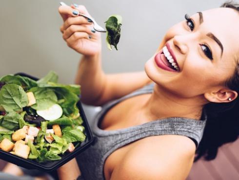 ¿Interesado en una dieta vegana? Esto es lo que debes saber