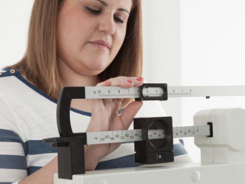 ¡Estos 5 hábitos no te dejan bajar de peso!