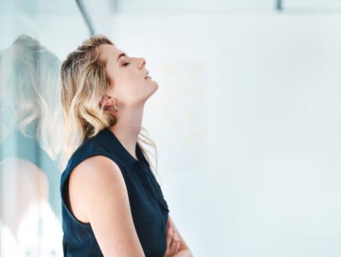 Cansancio mental: aprende a identificarlo y combatirlo