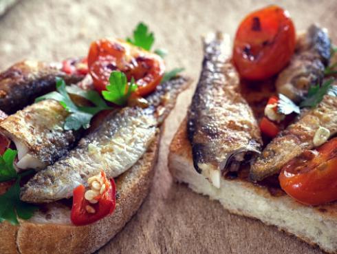 Cocina sardinas sin que toda la casa huela mal