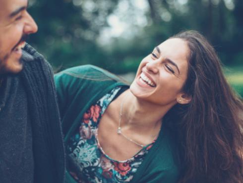 ¿Cómo convertir esa amistad en una relación amorosa?