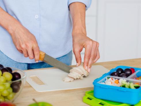 ¿Cómo preparar una lonchera saludable?