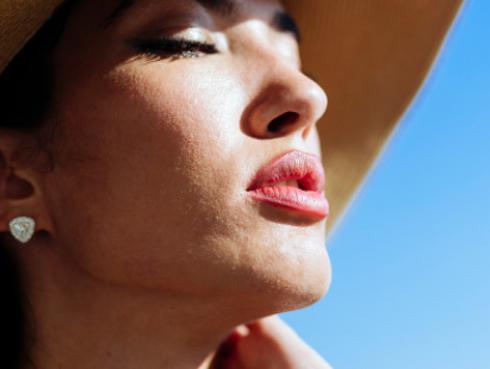 Crema casera para humectar los labios en verano