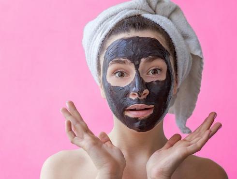 Beneficios del carbón en los tratamientos para la piel