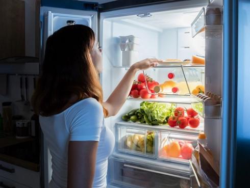 Alimentos que debes evitar consumir por las noches