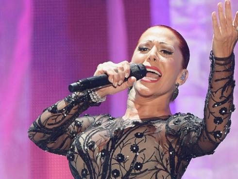 Alejandra Guzmán lista para deleitar con su nuevo sencillo 'Soy así'