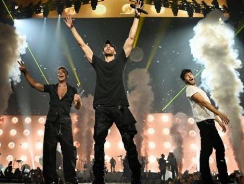 Enrique Iglesias y Ricky Martin inician gira por Norteamérica con Sebastián Yatra como invitado [FOTOS]