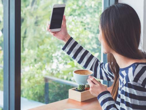 ¿Eres de los que publica su vida en redes sociales?