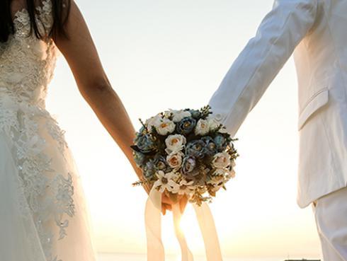 Estudio revela que las mujeres atractivas están más propensas a divorciarse