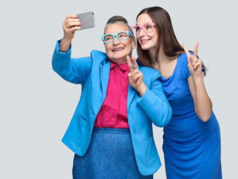 Estudio revela que las mujeres heredan la genética y el carácter de la abuela materna