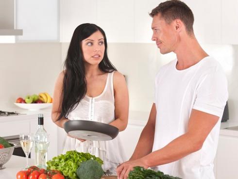 Errores que cometes en tu cena que te hacen ganar peso