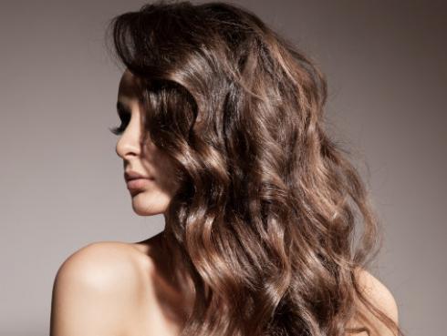Formas de aclarar el cabello de manera natural