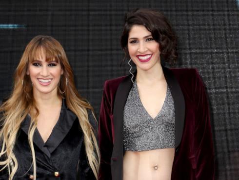 Mira la broma que Ashley le hizo a Hanna en el escenario del Lima Music Fest