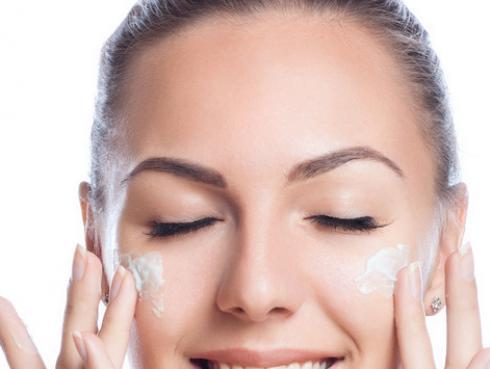 ¡Haz tu propia crema casera y evita las arrugas!