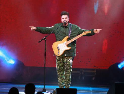 Juanes y Álvaro Soler lanzan el tema 'Arte' para la película 'No manches Frida 2'