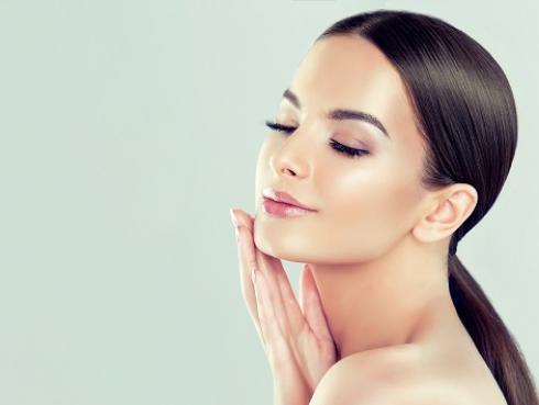 Facial cupping: ¿de qué trata este tratamiento de belleza?