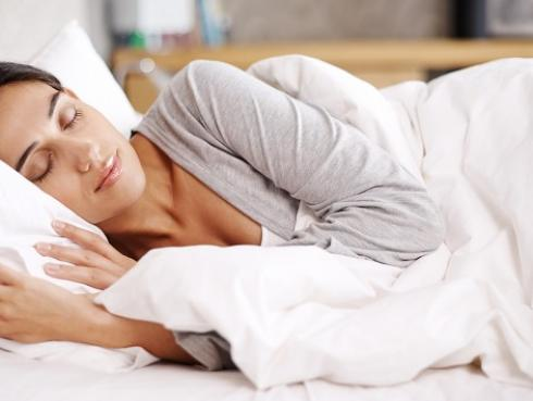 Dormir bien evita riesgos cardiovasculares