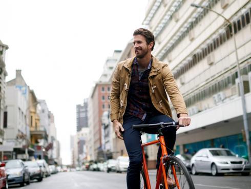 ¿Los hombres que manejan bicicleta pueden tener problemas de potencia sexual?