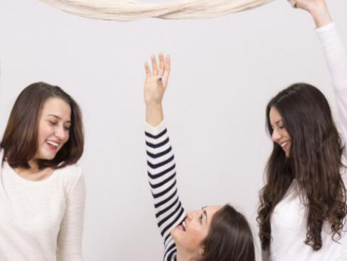 Los mejores tips de estilo para las mujeres bajitas