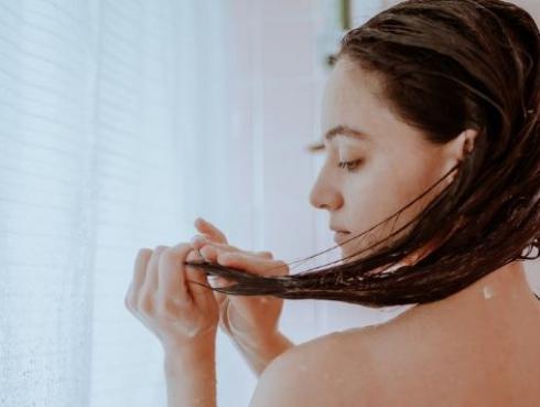 Los mejores tips para cuidar tu cabello en invierno