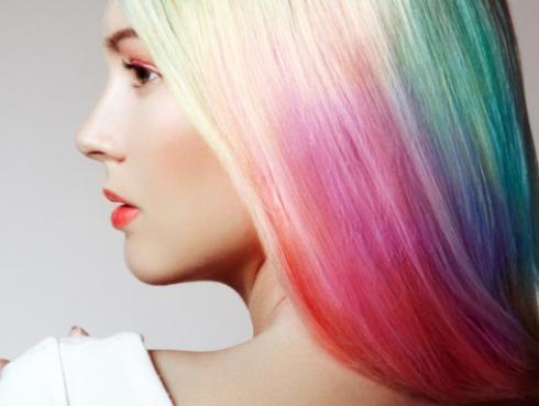 ¿Miedo a teñirte el cabello? Tips para probar los tintes de fantasía