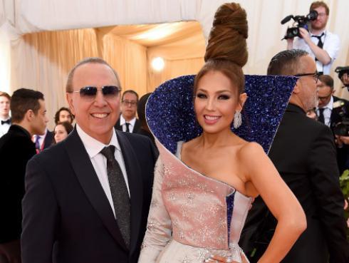 Mira el look que lució Thalía en la MET Gala 2019
