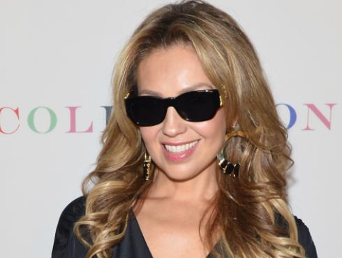 'No me acuerdo' de Thalía ganó disco de oro en México