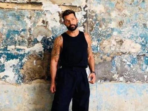 ¡Qué euforia! Ricky Martin sorprende a sus fans argentinas con descontrolado saludo