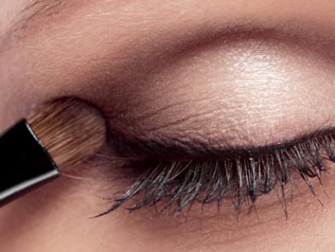 ¿Qué tipo de sombras de ojos usar?