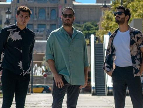 Reik ensaya para su show en los Latin Billboard