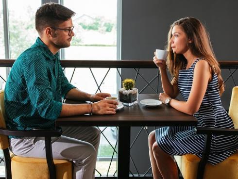 Estas son las preguntas que le debes hacer a tu pareja una vez al año