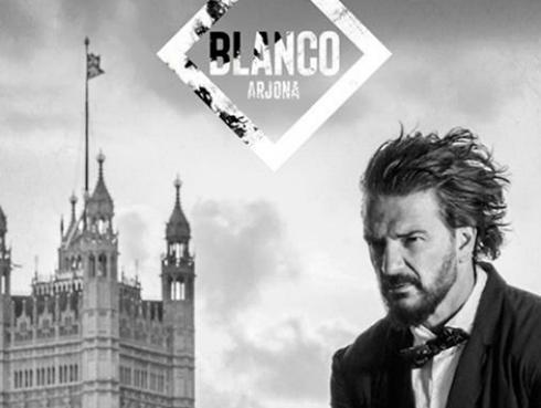 Ricardo Arjona presenta su nuevo álbum 'Blanco'