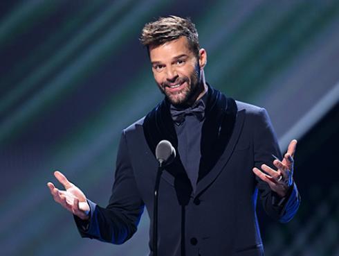 Ricky Martin regresa a Puerto Rico para apoyar a sus compatriotas