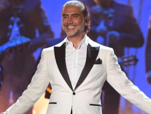 Ritmo Romántica presenta a Alejandro Fernández