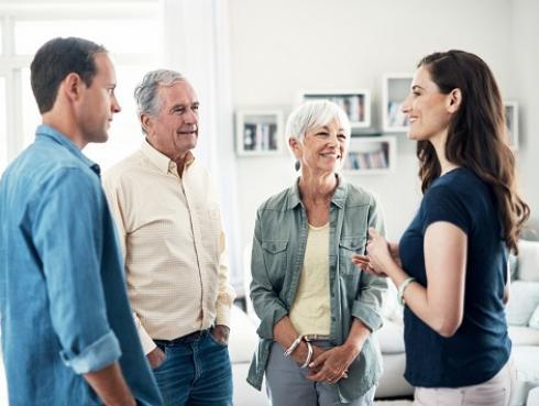 Tips para conocer a tus suegros y que les encantes