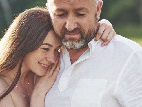 ¿Sabías que la relación que tenías con tu padre será la misma que con tu pareja?
