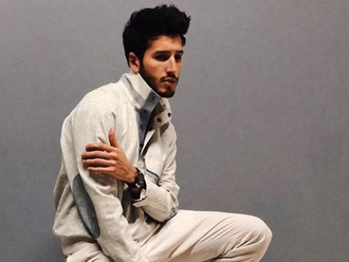 """Sebastián Yatra: """"Mi estilo no suena improvisado, sino poético"""""""