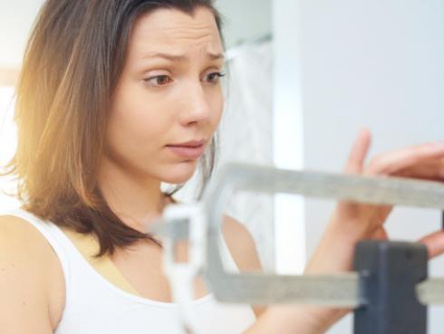 Ser la hermana mayor podría influir en tu peso, revela la ciencia