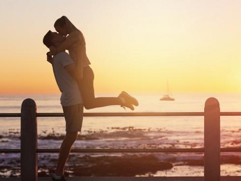 ¿Qué une más a una pareja: el amor o el sexo?