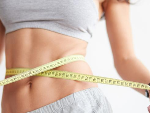 Sigue estos consejos para no subir de peso en diciembre