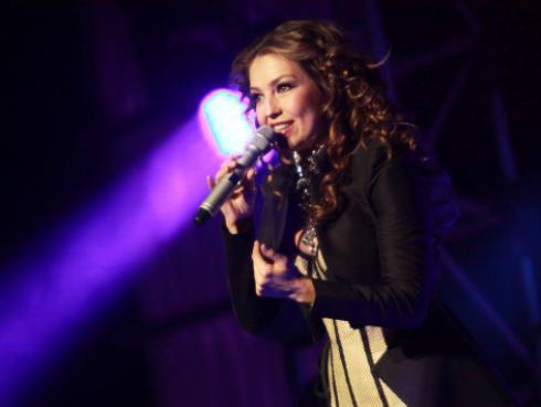 Thalía arrasó en la alfombra roja de la fiesta pre Grammy