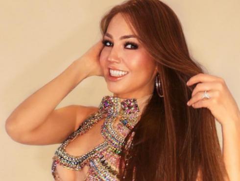 Thalía recordó la vez que cantó 'Amor a la mexicana' con este sensual atuendo