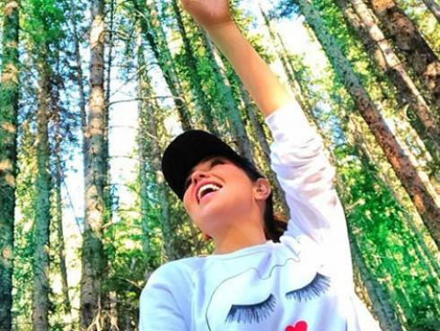 Thalía celebra con sus seguidores el éxito de 'No me acuerdo'