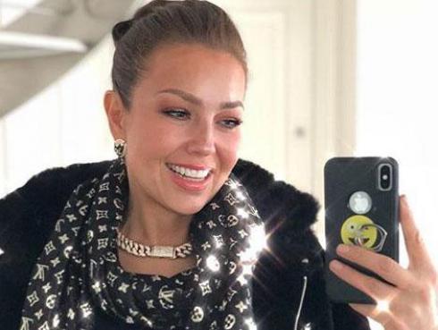Thalía presentó su línea de pestañas postizas