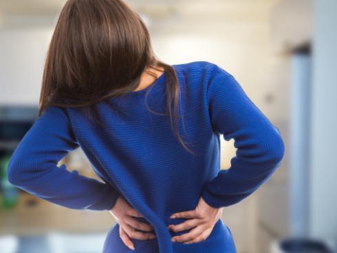 Tips para aliviar el dolor de espalda en la oficina
