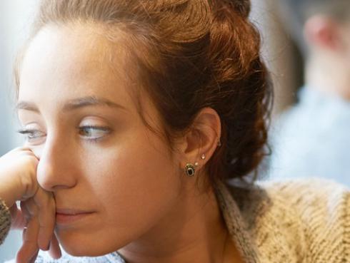 6 señales de alerta de actitudes tóxicas de tu pareja