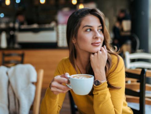 Una taza de café al día ayuda a reducir esos kilitos de más