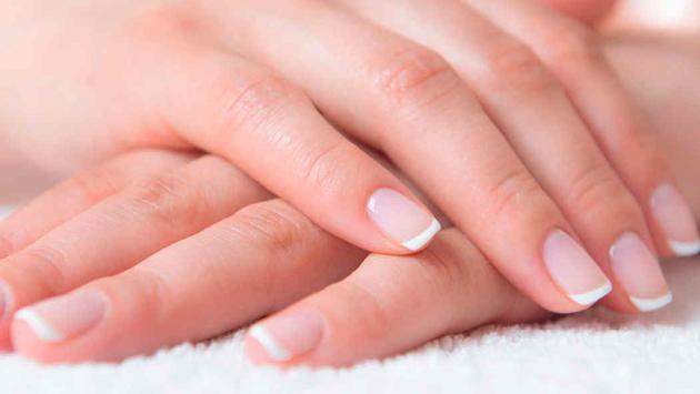 5 tips para mantener tus uñas lindas y sanas durante el verano